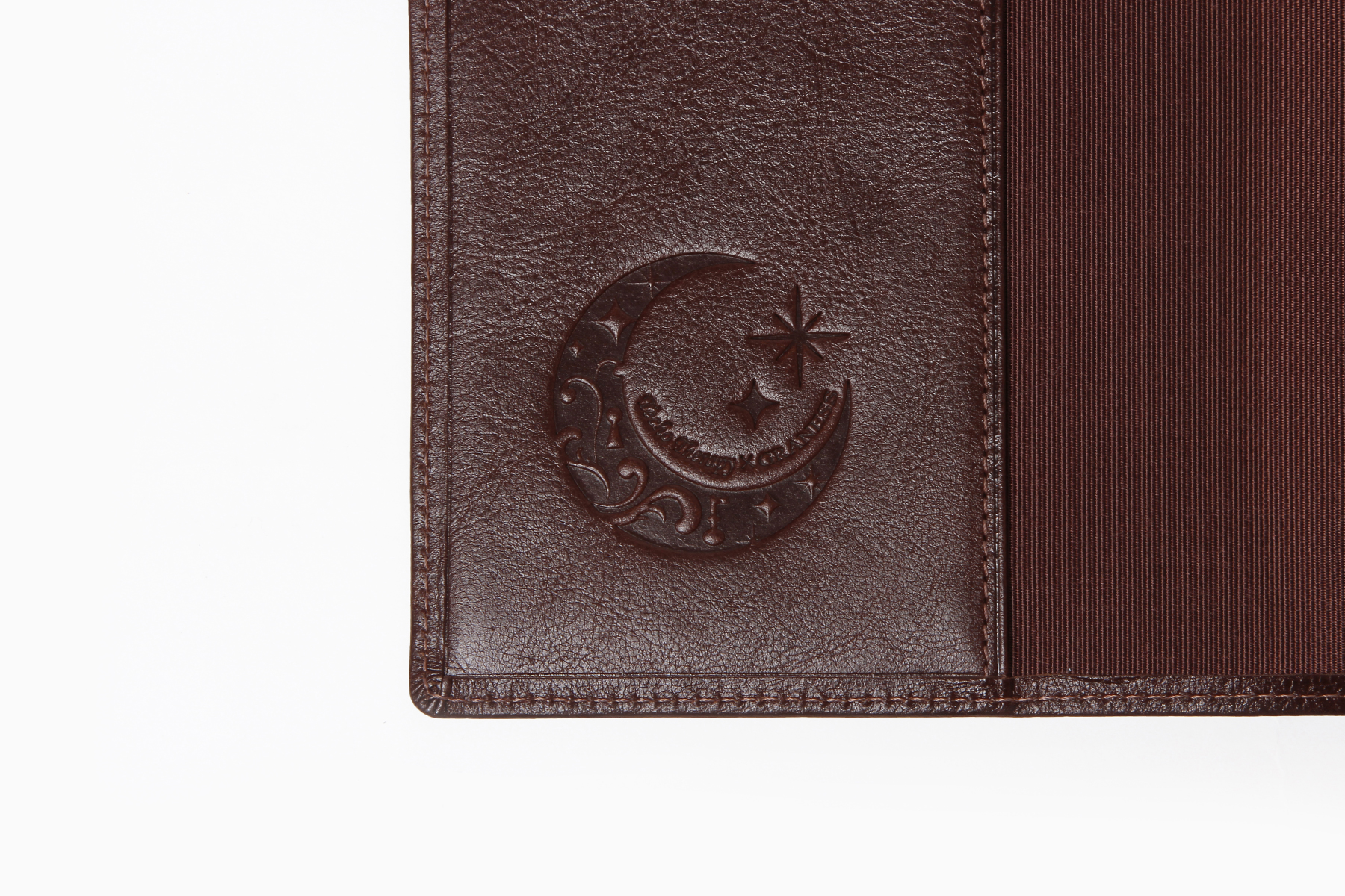 B6サイズ手帳カバー・バタフライストッパー付きへの名入れ刻印