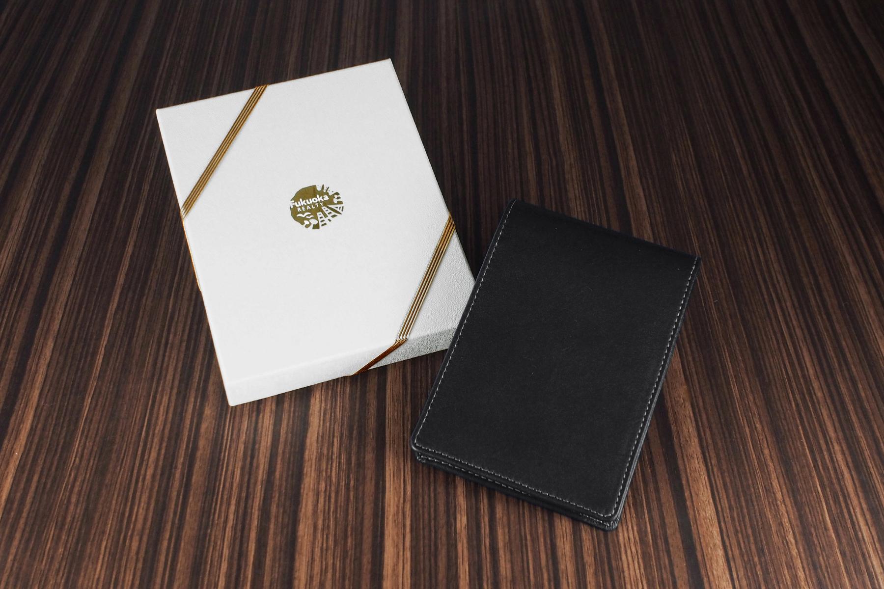 ロディア革製メモカバー・エグゼクティブを記念品として使用した例