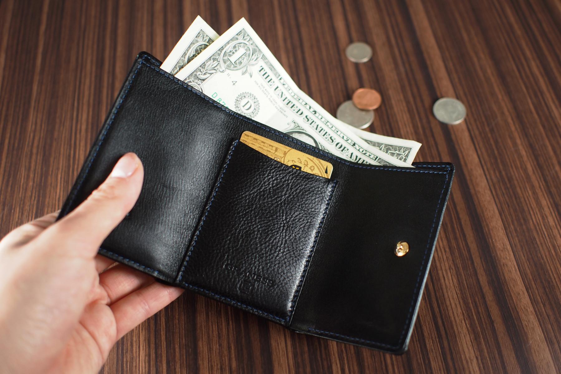 三つ折り旅財布への名入れ