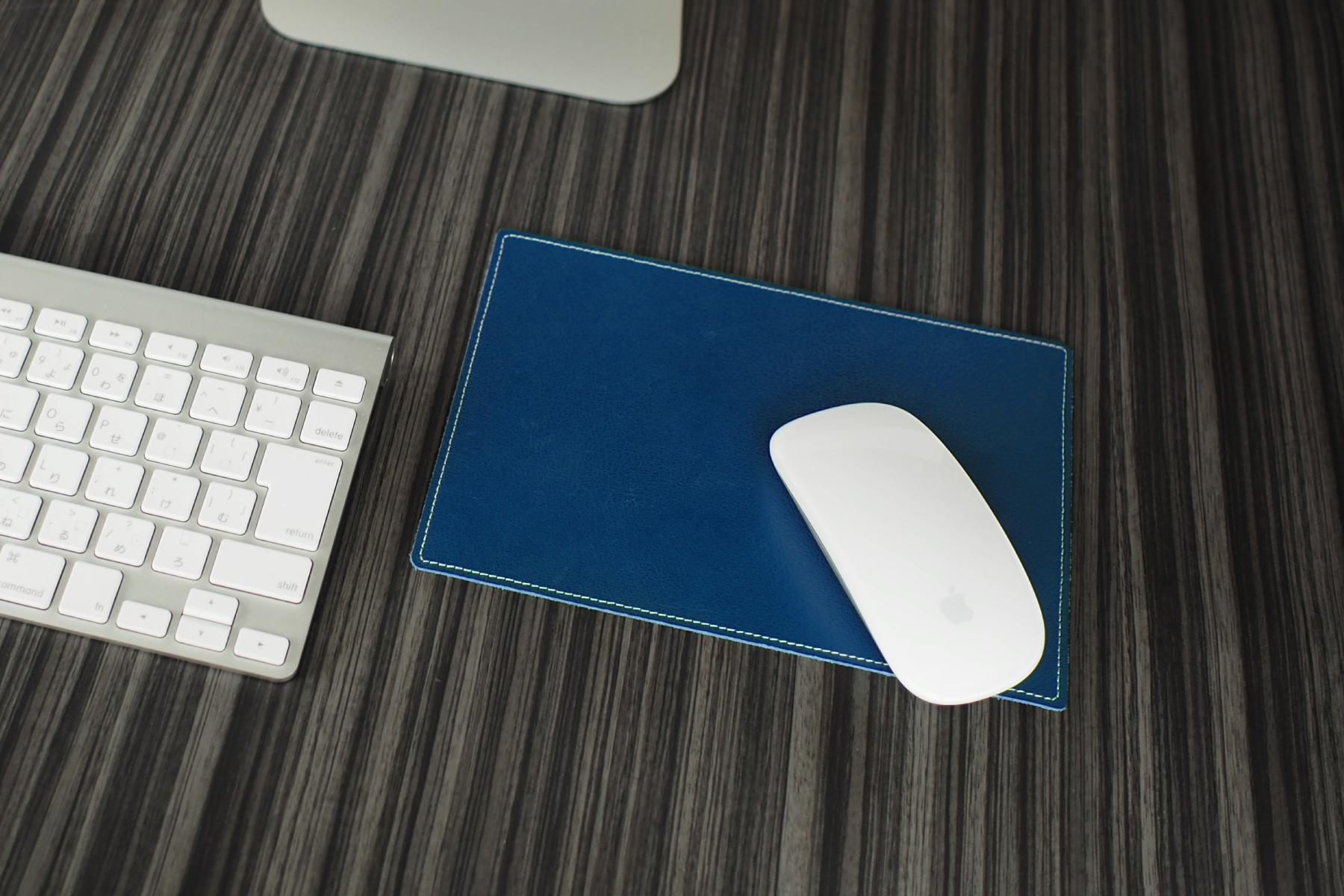 総革張りマウスパッド・アーバンのブルー